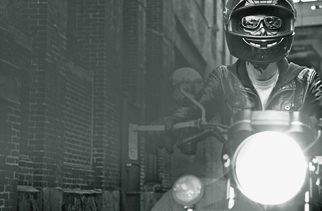 Eyewear_SunP_Motorcycling-Hero